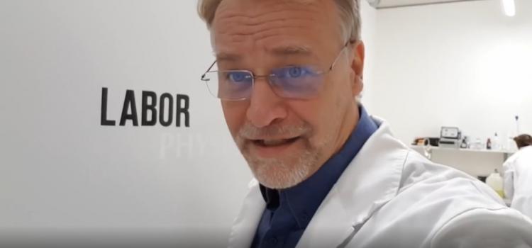 Andreas Kalcker: Prueba de efectividad del CDS mezclado con Leche y Jugos